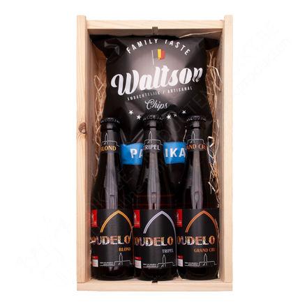 """Houten kistje """"Boudelo bier en Waltson chips"""""""