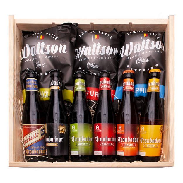 """Houten kistje """"Troubadour bier en Waltson chips"""""""